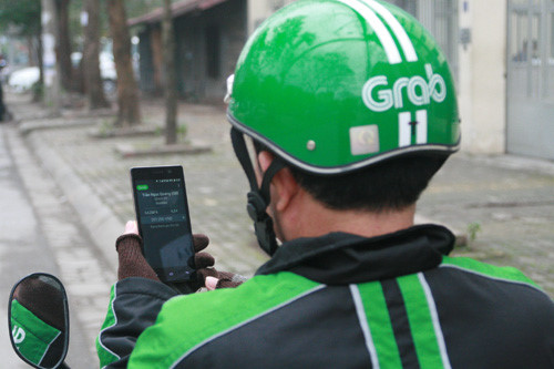 Grabcar/Grabbike – Royal Saigon Restaurant